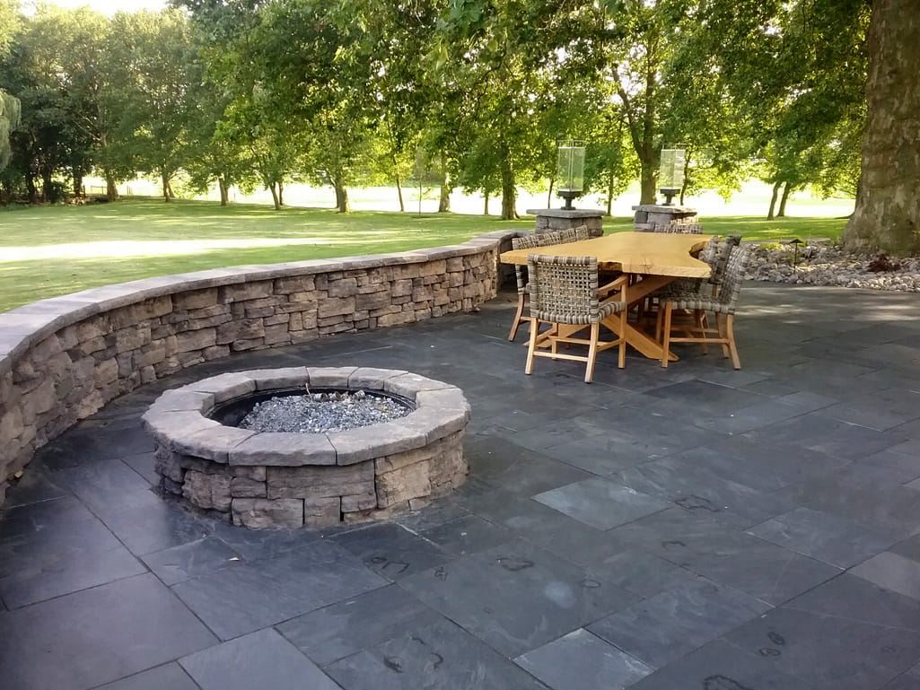 Black slate patio, Belvadere seat wall and fire pit