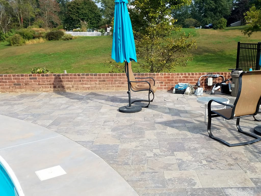 Provence black hills patio & brick wall extension