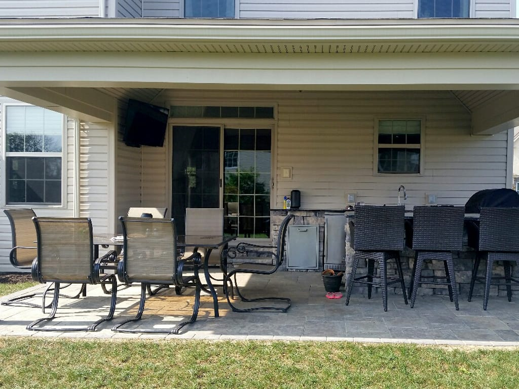 Overall view of covered outdoor kitchen & patio