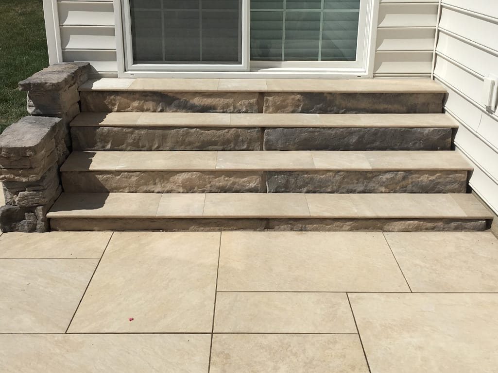 Quarziti 2.0 in mountains bullnose step treads and patio